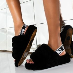 UGG🔴Fluff Yeah Black Slippers women's 9 New